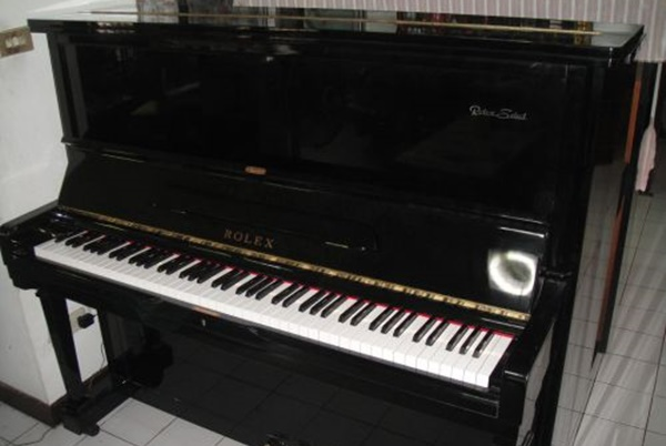 ควรซ่อมหรือซื้อใหม่ดี เมื่อเปียโนเก่ามากแล้ว